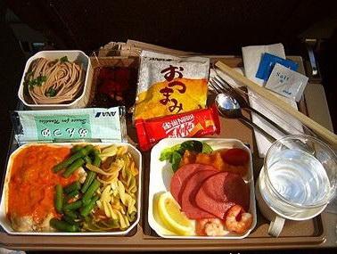 日本航空及日本亚细亚航空及全日航空飞机餐
